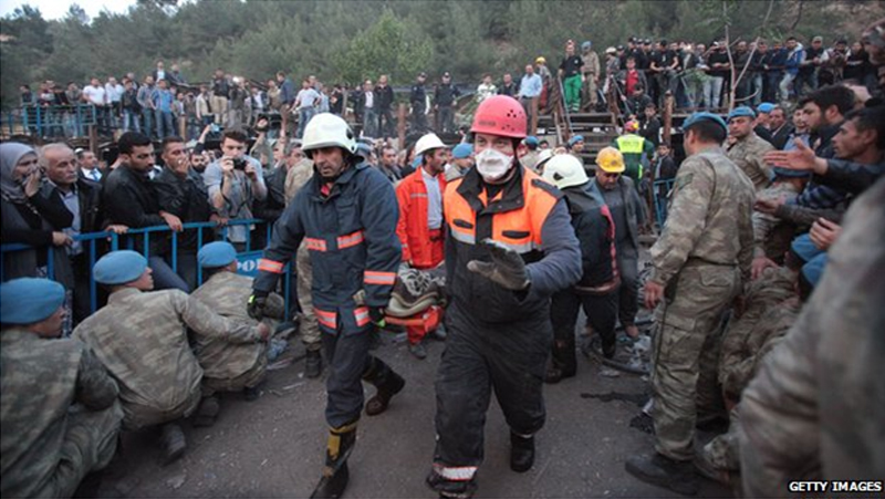 Turkish mine disaster: Unions calls protest strike
